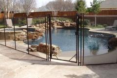 diy-mesh-pool-gate