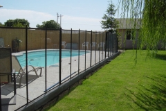 backyard-pool-fence