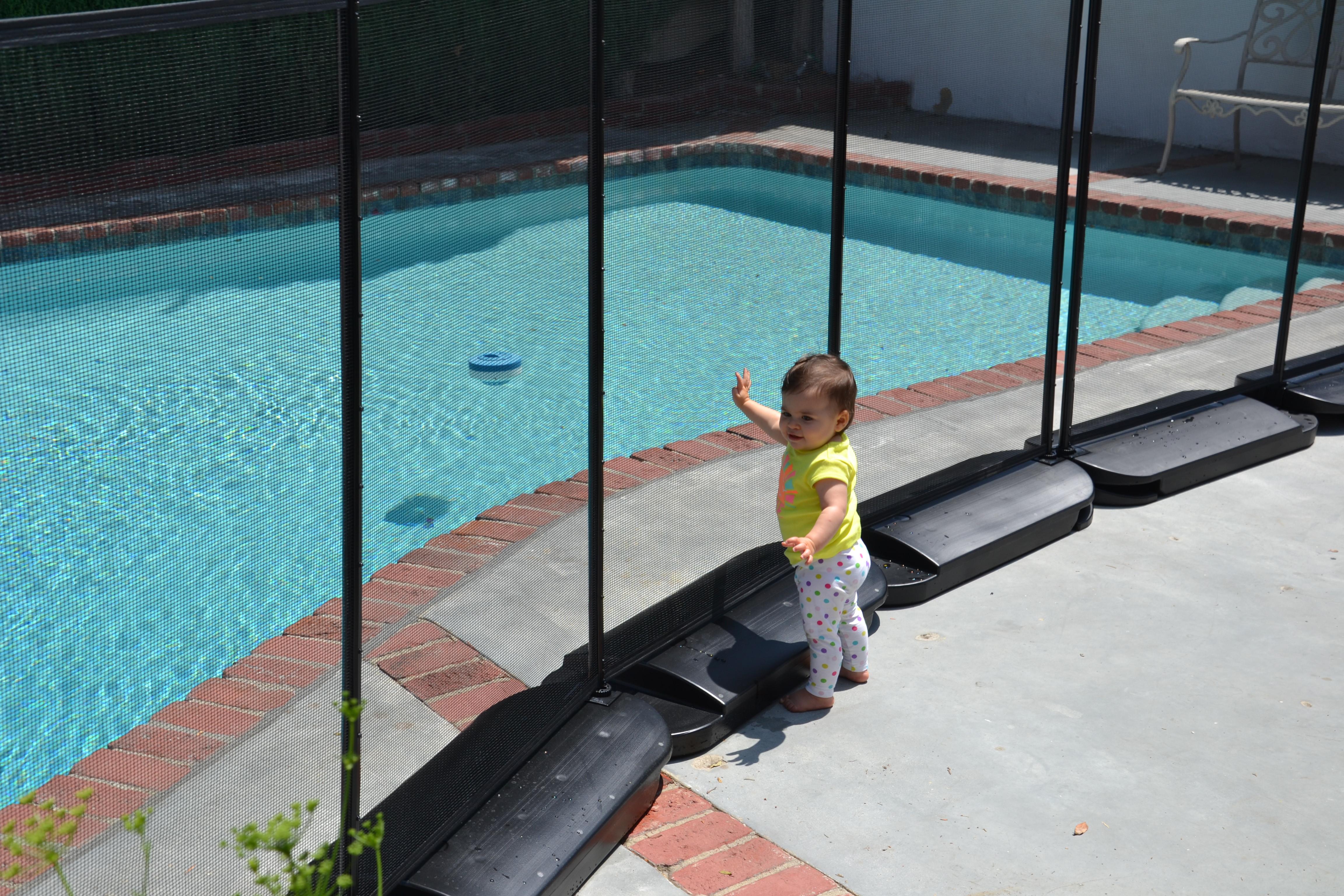 Portable Pool Fence