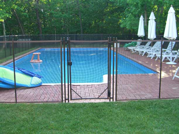 Why fence a backyard swimming pool with childguard
