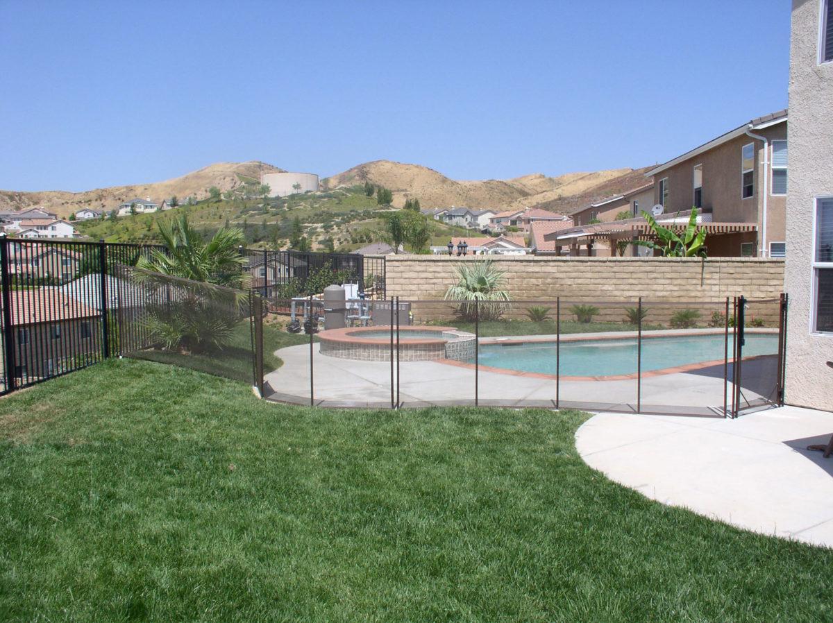 pool-fence-requirements-sacramento