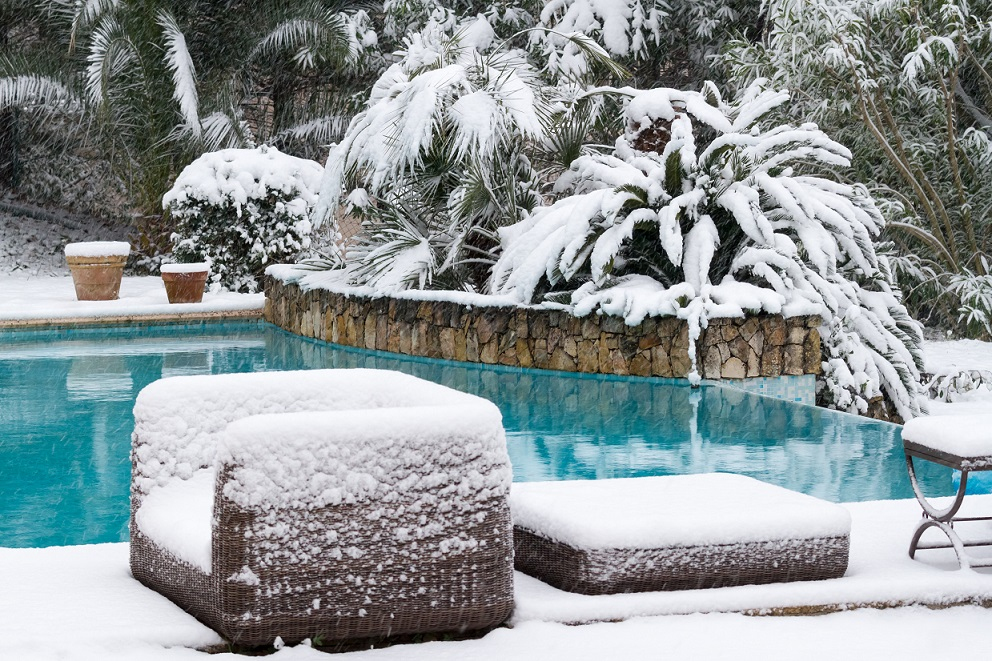 How-to-Prevent-Swimming-Pool-Freeze